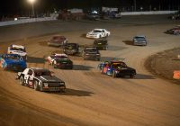 Know the Types of Auto Racing Bets to Make Profits